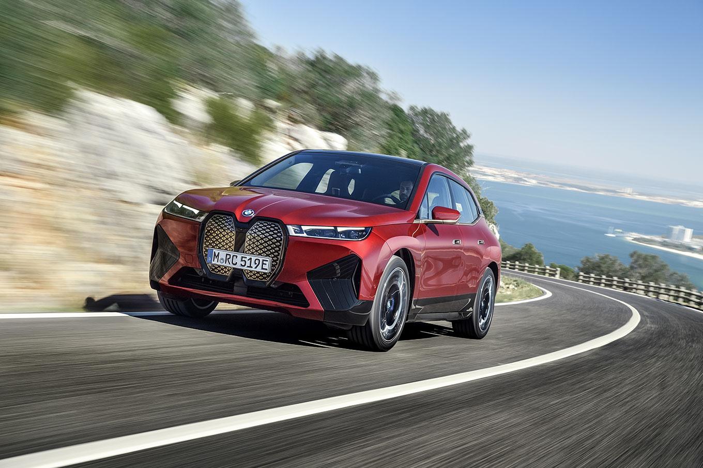 BMW iX 2021 года